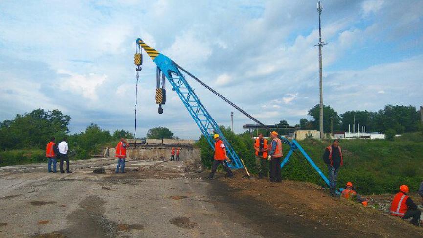 ремонт моста в Енакиево