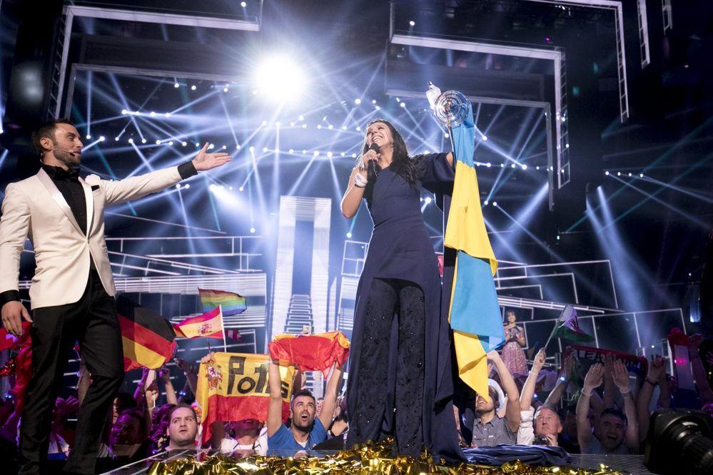 В социальных сетях высмеяли запрет «Евровидения» наскотч итележки
