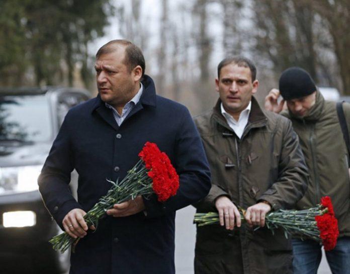 Добкин на похоронах Чечетова