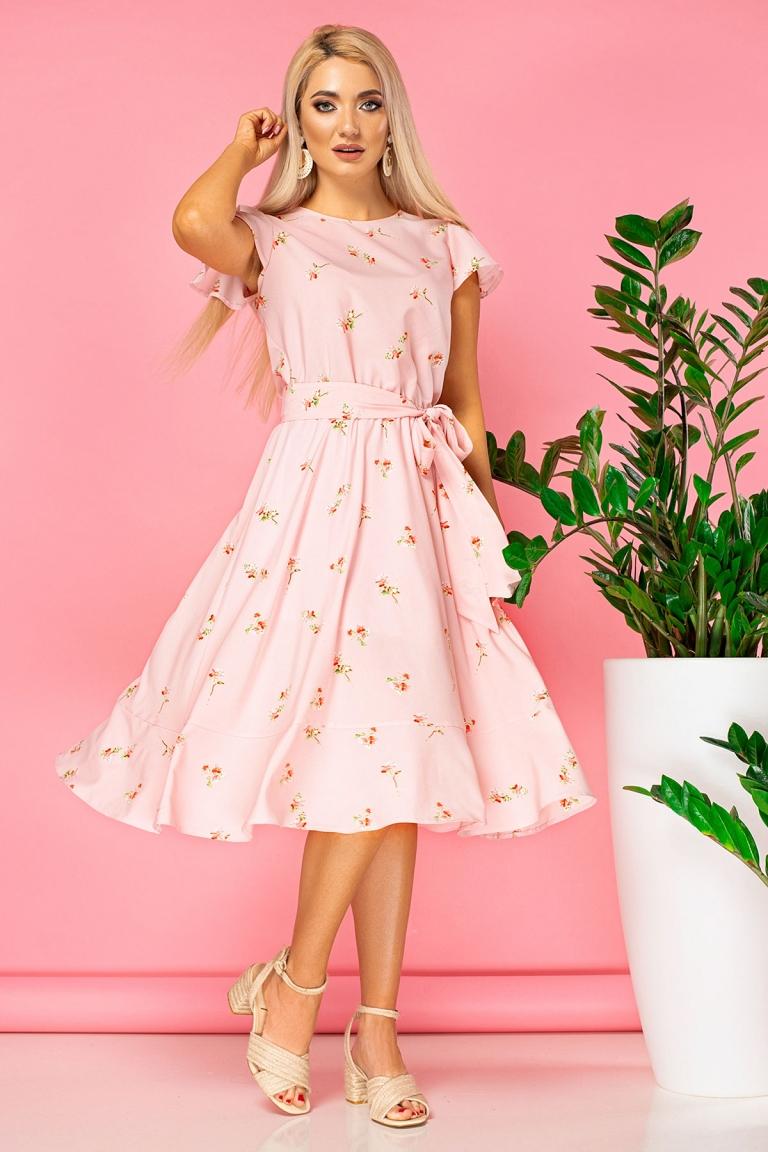 7c3615c05427162 Почему выгодно покупать одежду в интернет-магазинах?Оптовые продажи женской  одежды