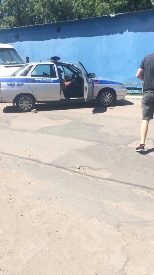 В Донецке Газель столкнулась с мусоровозом