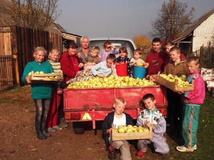 В Славянске на обустройство детских домов семейного типа выделено по 50 тысяч гривен