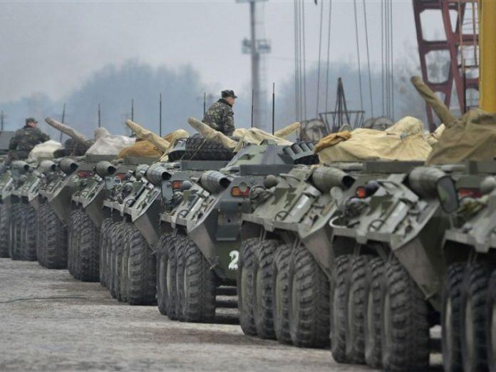 Авария на автодороге Константиновка-Волноваха с участием БТР