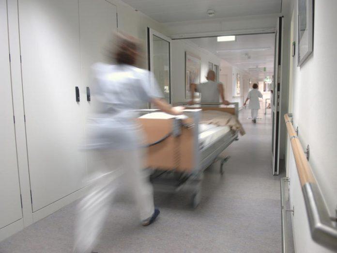 Подростки в больнице