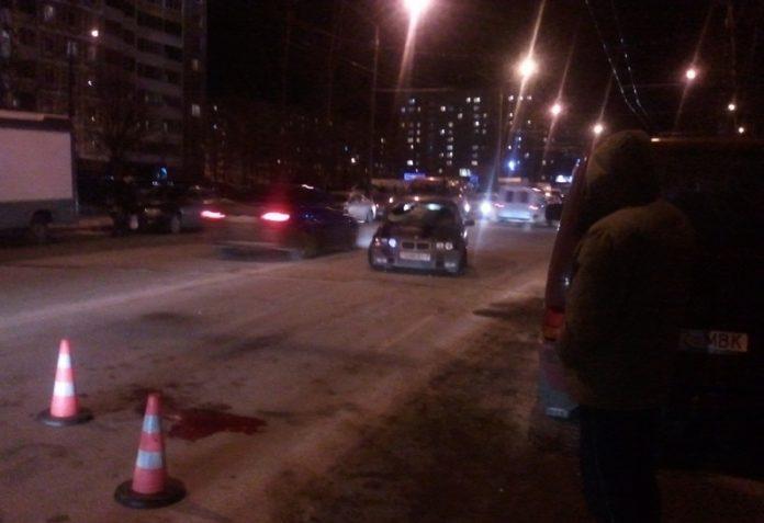 В Мариуполе сбили мужчину