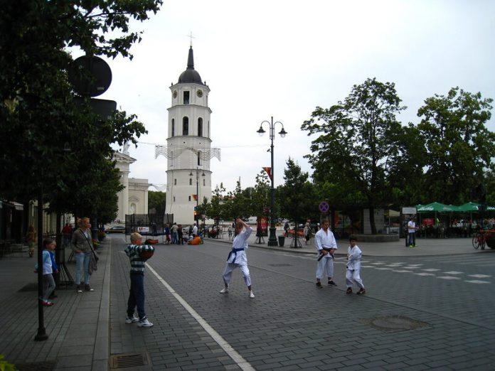 Пешеходные улицы городов