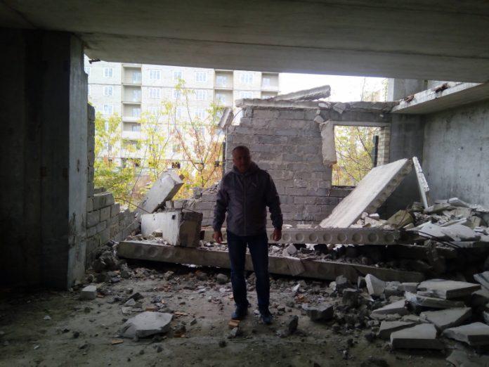Заброшенные здания Бахмута