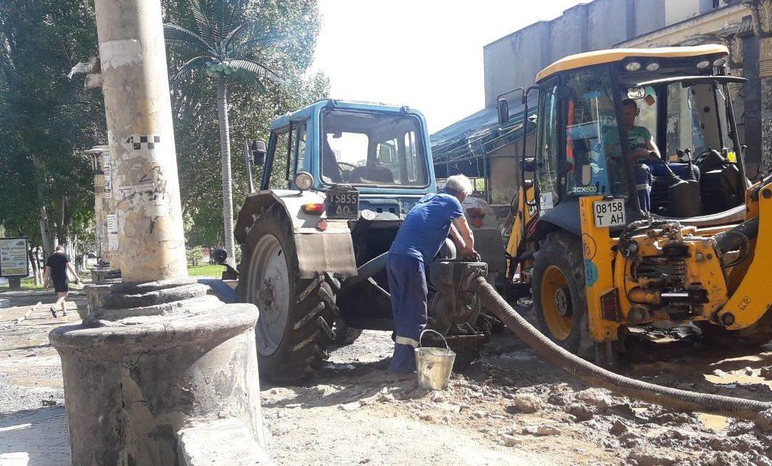 Прорыв водопровода в Мариуполе