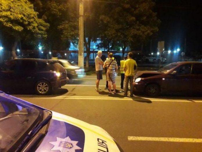 В Мариуполе работник прокуратуры сбил пешехода