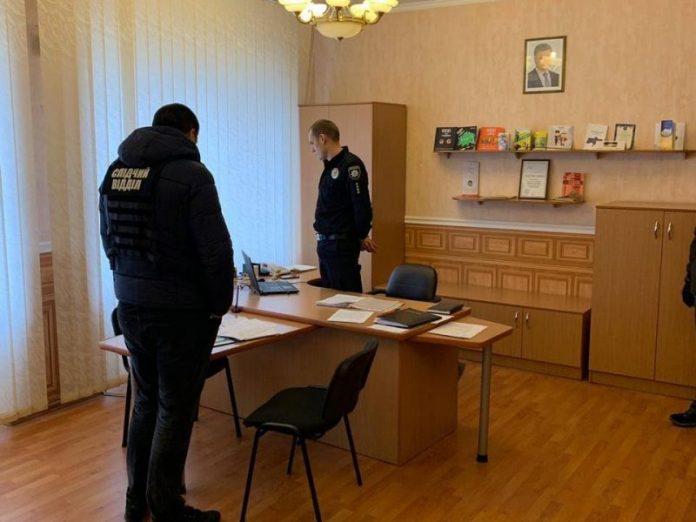При получении взятки был задержан начальник Дружковского отдела полиции