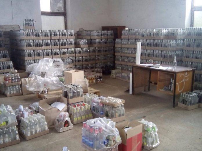 В Донецкой области было изъято порядка 85 тс. бутылок самодельного алкоголя