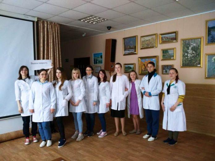 Студенты Константиновского мед. колледжа побывали на трех предприятиях Донбасса