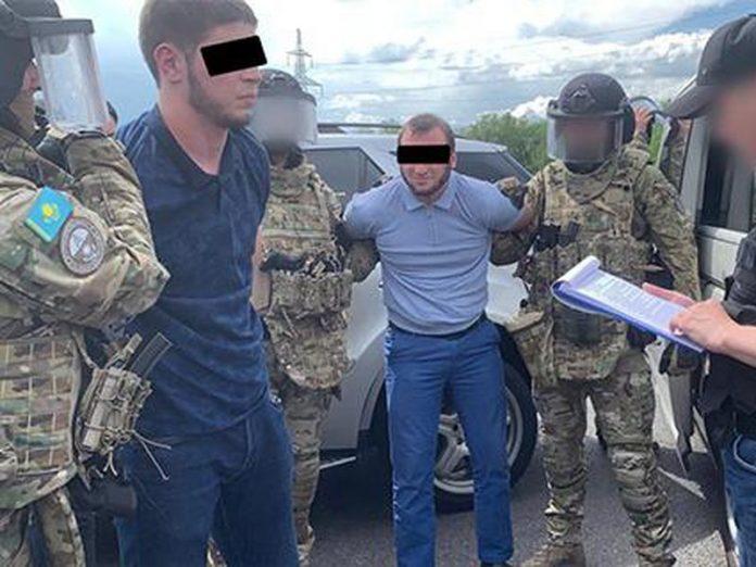 В Курахово СБУ проводит массовые обыски и задержания