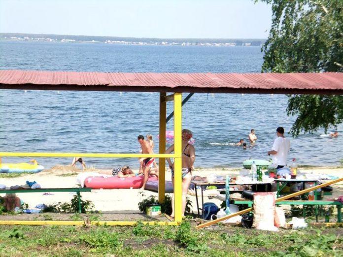 1 июля состоялось торжественное открытие пляжа на озере Вейсовом