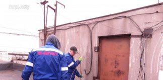 """В Мариуполе """"Горводоканал"""" отключает должников от водоснабжения"""