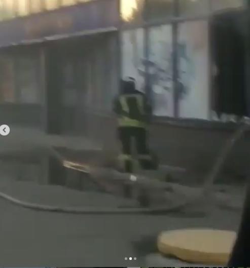 """В Лисичанске горел супермаркет """"Городок"""""""