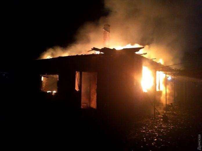 В Макеевке в результате пожара многоквартирного дома погиб мужчина