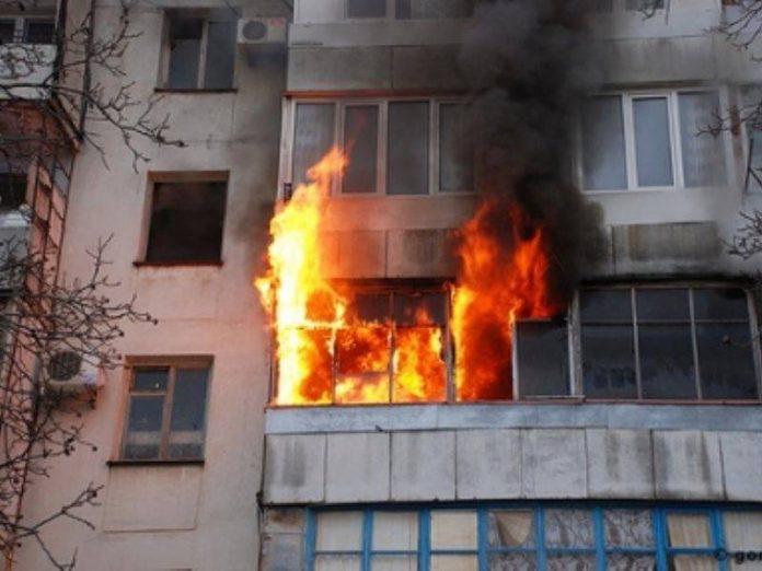 В Северодонецке в результате пожара в многоквартирном доме погибли два человека
