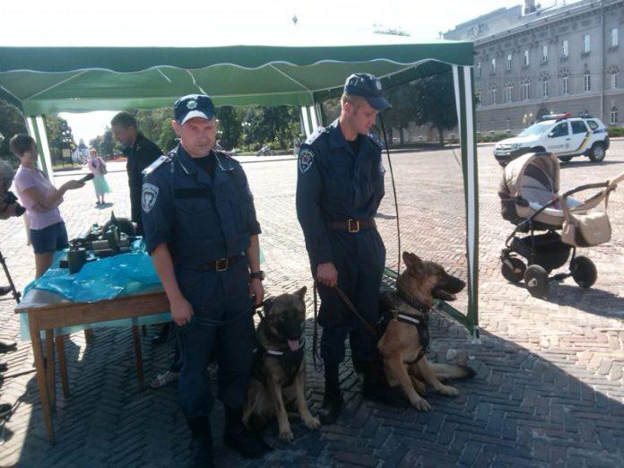 С 1 августа на Украине появится Национальный патруль с полномочиями полицейских