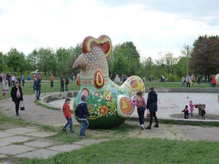 Жители Краматорска просят благоустроить фонтан и водохранилище в парке