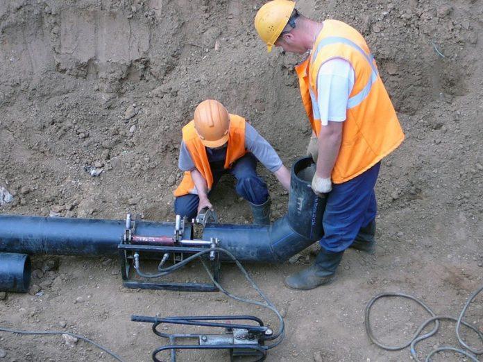 В Краматорске проводятся работы по подключению новой водопроводной сети